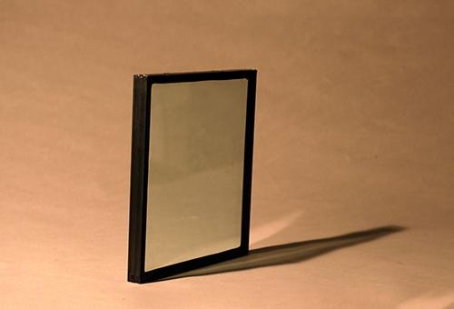 新型纳米硅防火玻璃